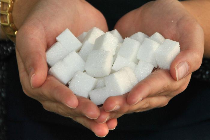 Aspartam: Náhrada cukru bez kalorií