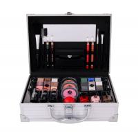 2K All About Beauty Train Case Dekorativní kazeta 60,2 g