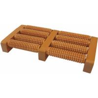 MODOM Akupresurní masážní roler na chodidla dřevěný