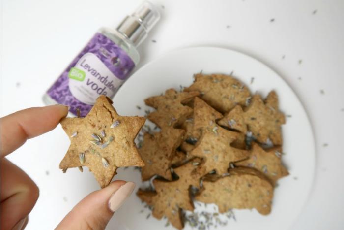 Netradiční vánoční cukroví: Levandulové sušenky