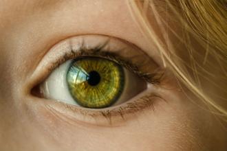 Oční jóga pro unavené oči