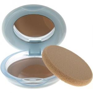Shiseido PURENESS Matifying Compact Oil-Free  11g Odstín 20 Light Beige