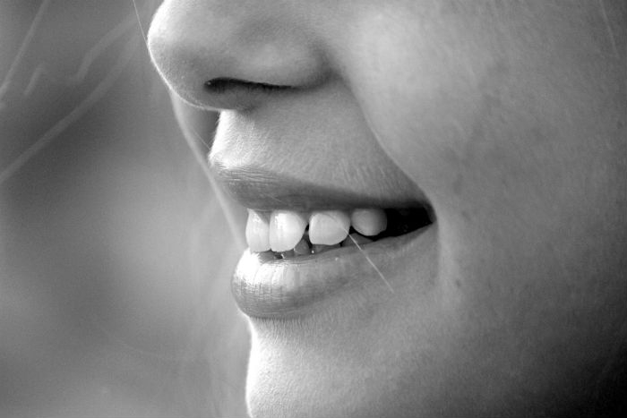 Zabarvení zubů