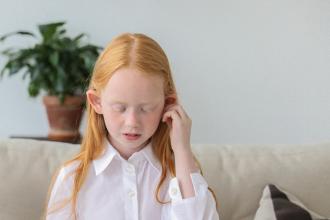 Zánět středního ucha - jak ho poznat a léčit